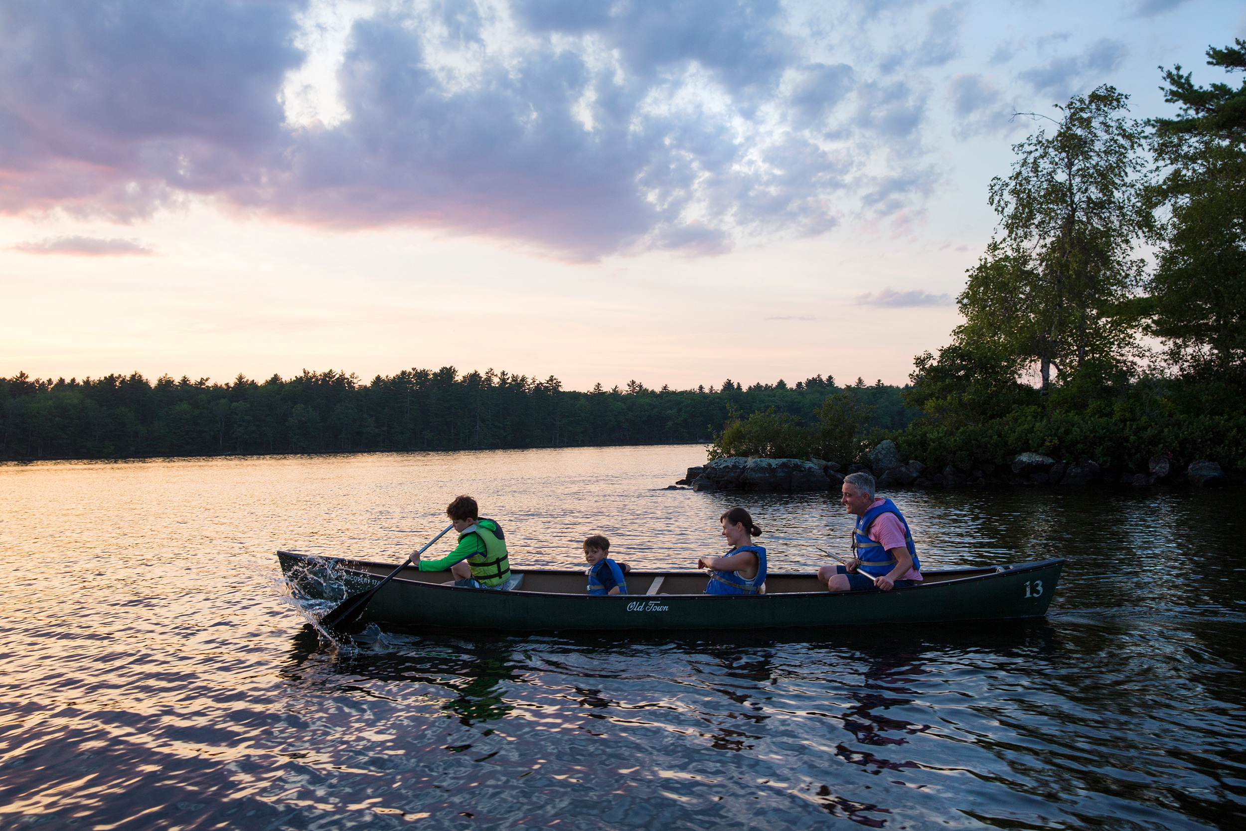 KIM LOWE | DIRECTOR PHOTOGRAPHER | KIDS  | FAMILY | PARENTS | EXPLORE | CANOE | MAINE | Family Camp | 8