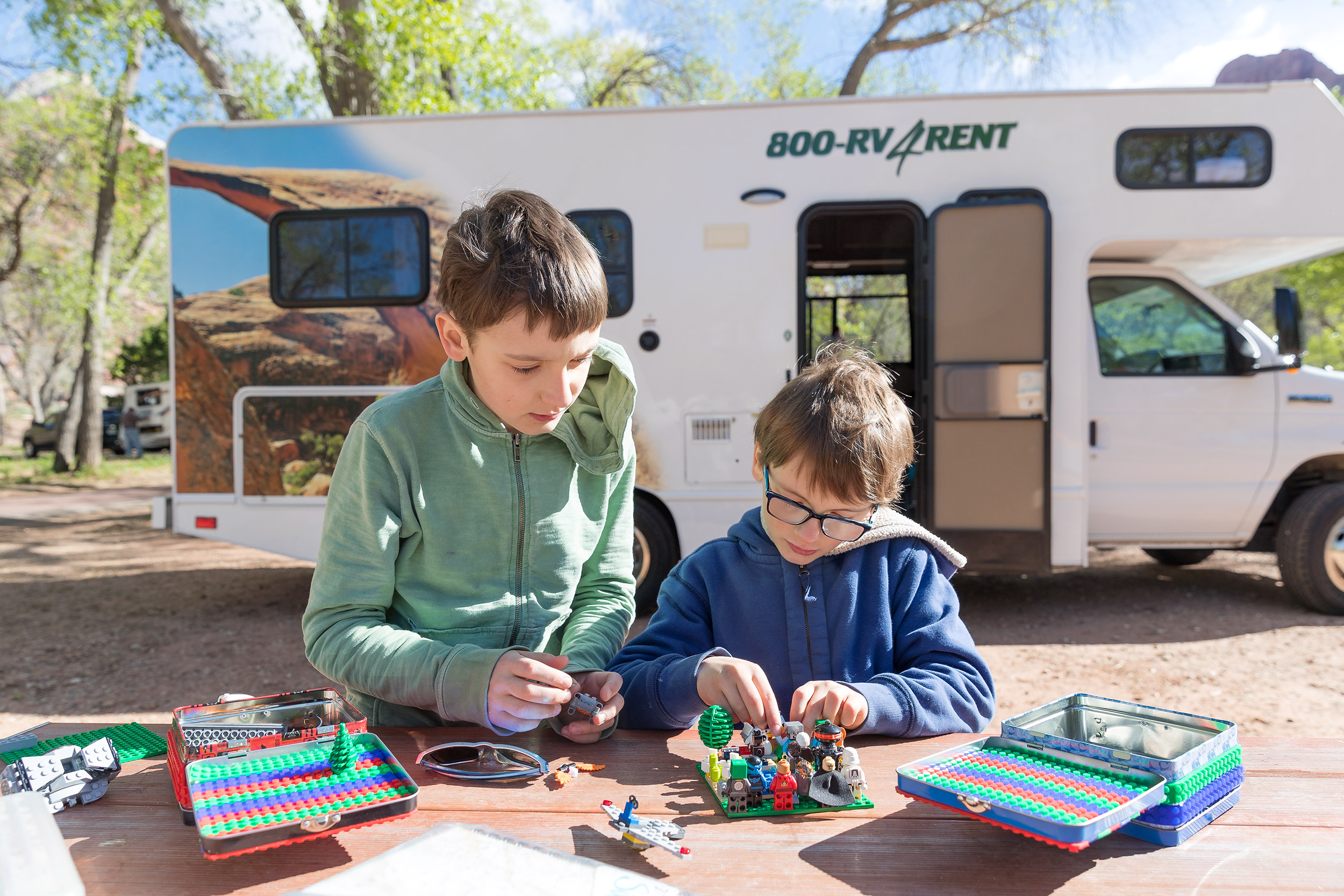 NATLPARKING_travel_rv_adventure_legos_boys_zionnationalpark_2157_WB