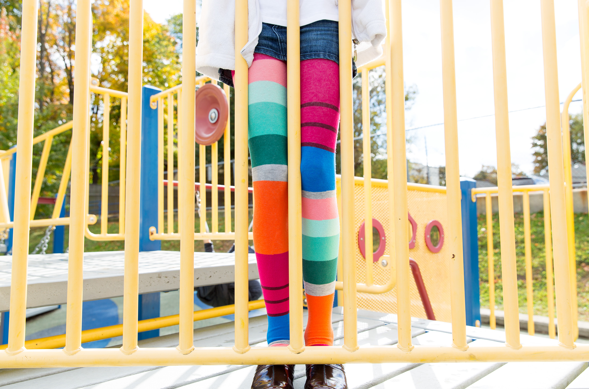 PHOTOGRAPHER | KIDS | CHILDHOOD | LEGGINGS | STRIPES | PLAY | Fun | 43